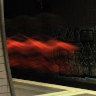 S-Bahn-Station Ostendstrasse - rote Flammen