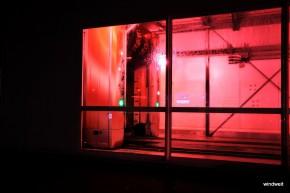 Lichter einer Großstadt - Pink Petrol Station
