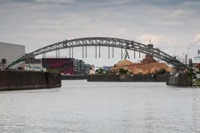 EZB und Osthafenbrücke